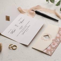 Faire Part Mariage 3 Volets Rose Lit De Fleur